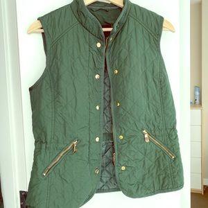 Zara green vest - size m
